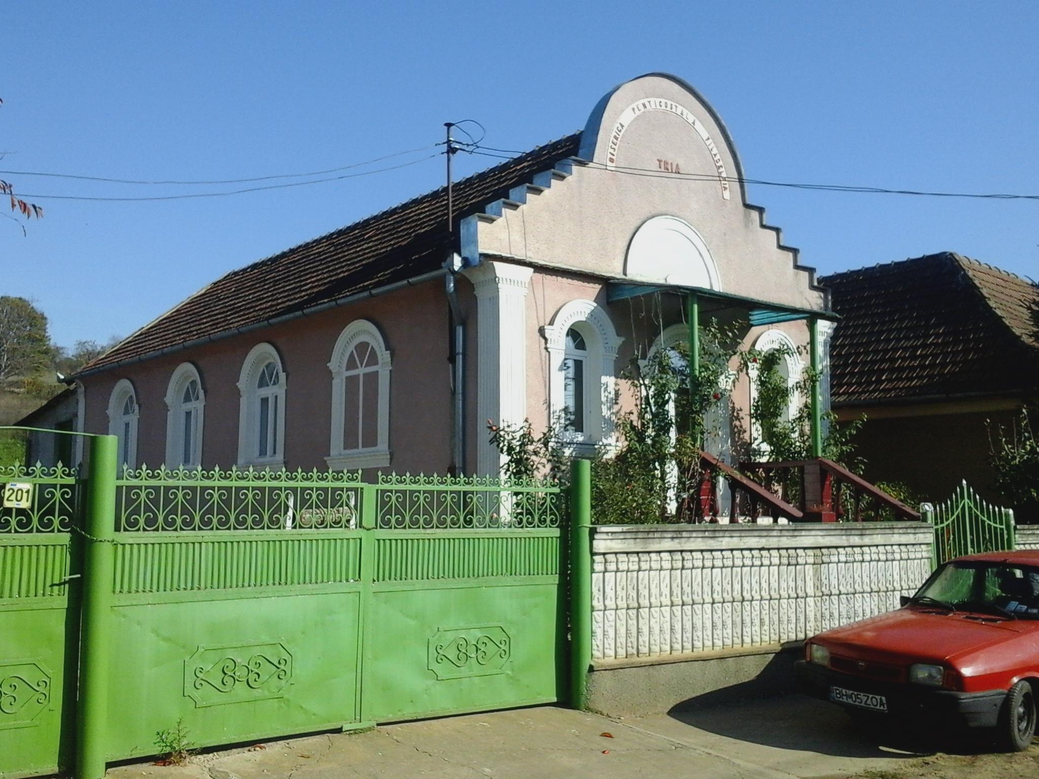 biserica penticostala tria